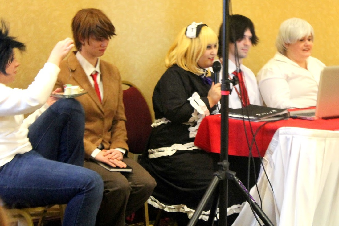 Light Yagami cosplay Cayanna Carma at Ichibancon 7 Death Note panel