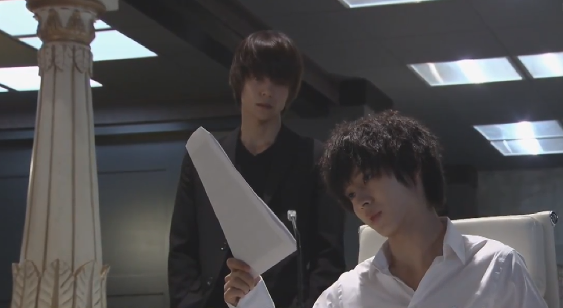 L and Light chessboard imagery in Death Note 2015